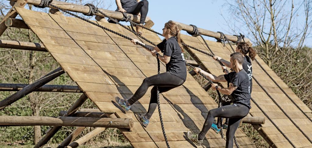 Obstacle training bij Outdoor Valley